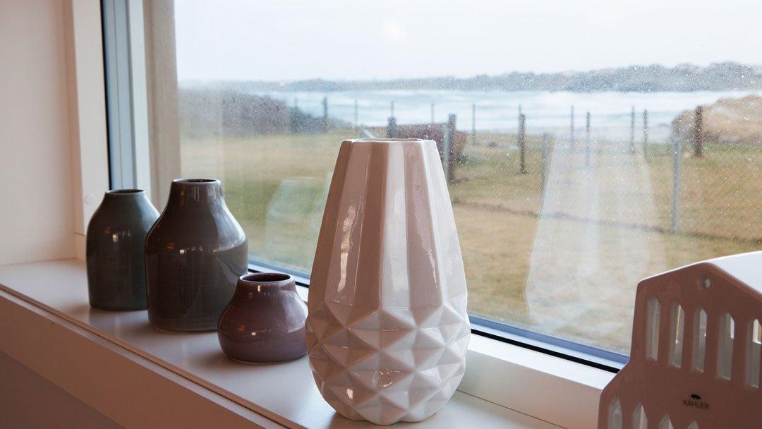 Utsikt fra vinduet i enebolig på Ferkingstad, Karmøy