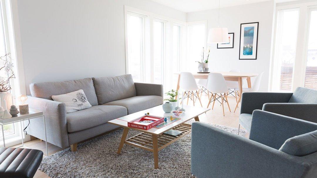 Koselig stue i enebolig